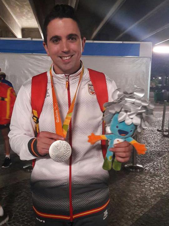jorge-cardona-medalla-de-plata